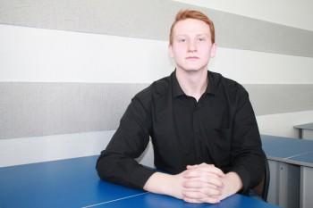 Безуглов Сергей председатель студенсческого совета
